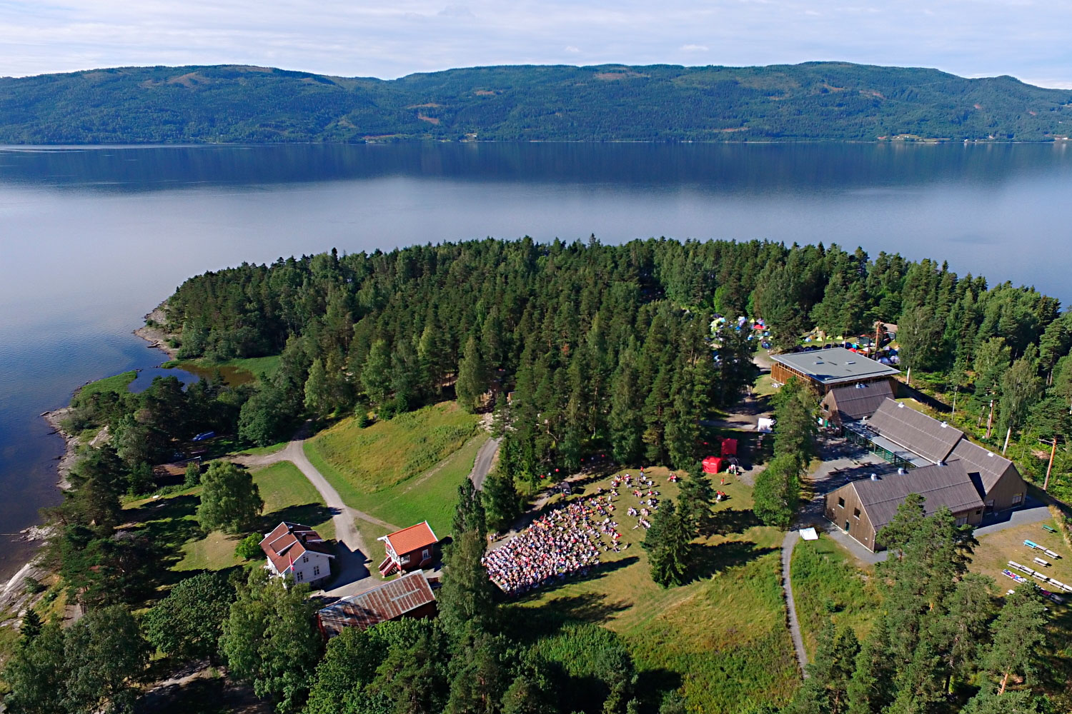 auf summer camp utoya