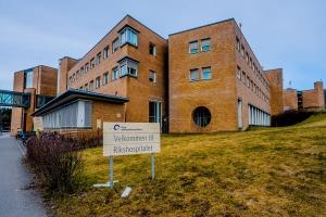Helsedirektoratet: 212 pasienter innlagt på sykehus med covid-19 – 44 i respirator