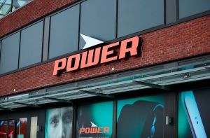 """Power får """"betinget"""" millionbot"""