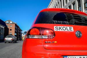Se hvilke kjøreskoler som er godkjent i Hønefoss