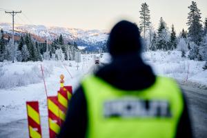 Over 5.000 kjøretøy har passert stengte grenseoverganger