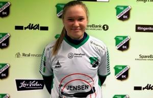Emilia Stensrud (17) klar for HBK