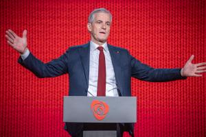 Arbeiderpartiet bykser fram på partimåling